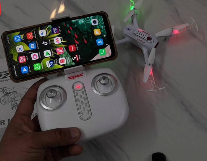 کنترل پهپاد SYMA X22SW از طریق گوشی موبایل